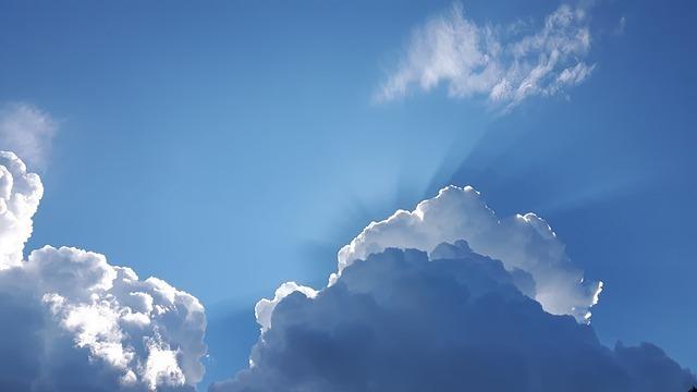 sky-2200936_640.jpg